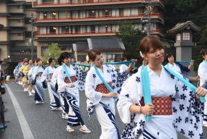 キュリー祭パレード