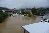 洪水 役場前